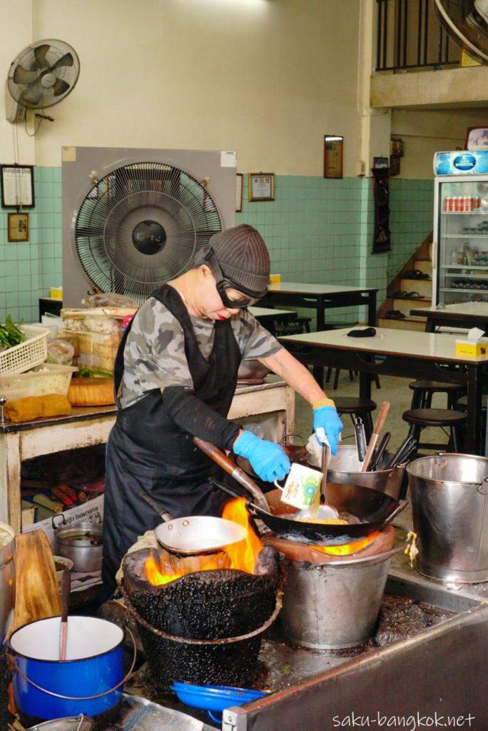 ジェイ・ファイのすべての料理を作るジェイファイさん