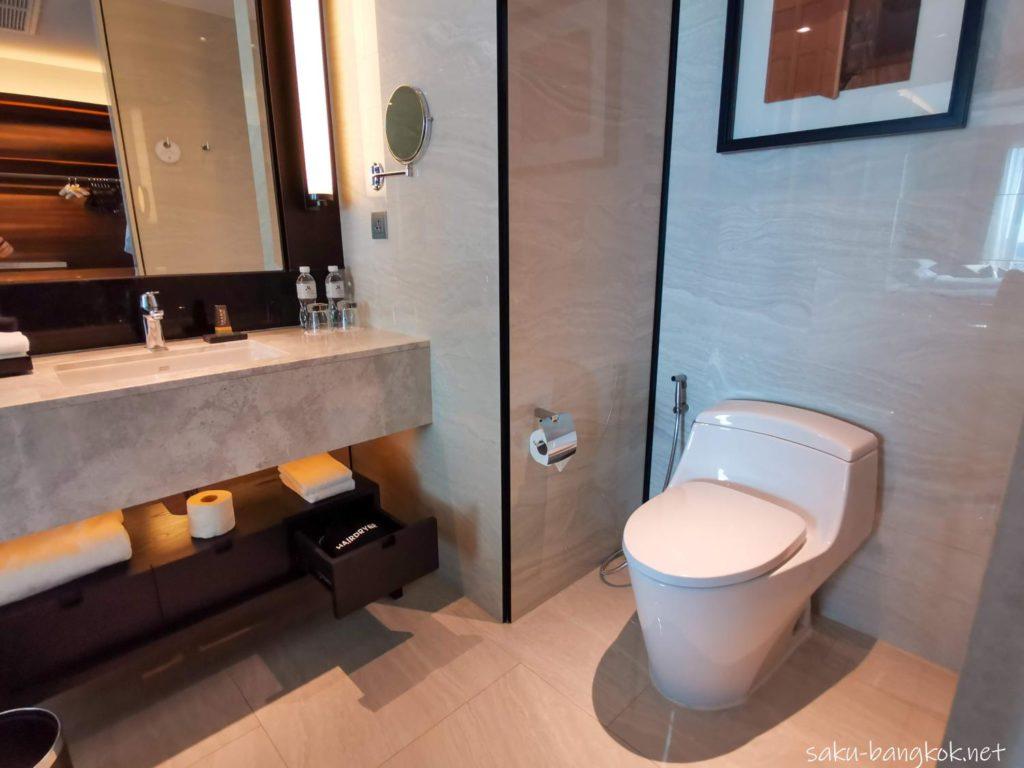 【ホテルレビュー】バンコク・マリオット・ホテル・ザ・スリウォンのバスルーム