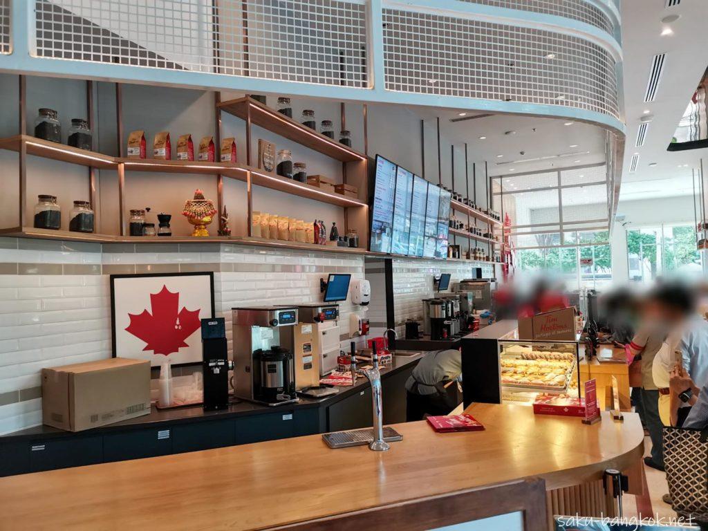 カナダで人気のドーナツ屋さん「ティムホートンズ」バンコク・サムヤーンミットタウン店