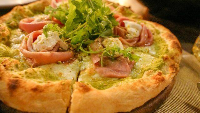 【L'OLIVA】ピザが美味しいトンローのイタリアンレストラン