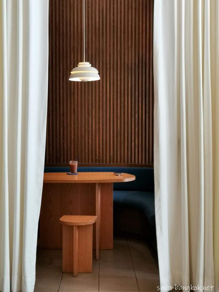 バンコク・ウドムスックのおしゃれなドーナツカフェ【DROP BY DOUGH】