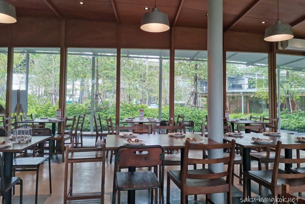 【バーンソムタム】バンナー店は緑いっぱい!料理も美味しくリーズナブルで大満足
