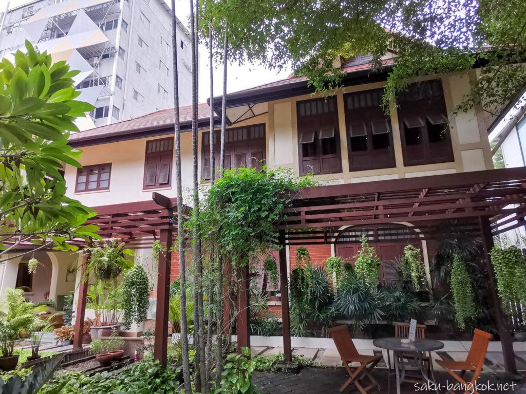 《割引中》バンコクでアーユルヴェーダ/シロダーラを受けてみよう【コランブティックスパ】[PR]